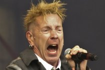 Sex Pistols rocker Johnny Rotten admits to blowing £10,000 on F2P iPad games